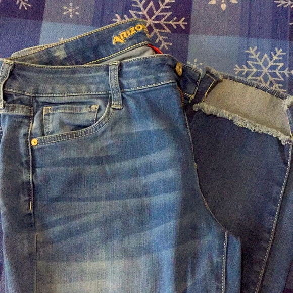 Arizona asymmetrical Jeans